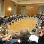 Ο Τσίπρας ενημερώνει κόμμα και υπουργούς