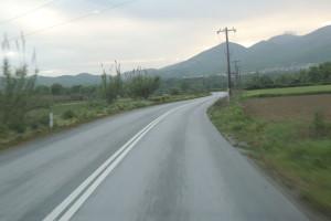 Επικίνδυνες διασταυρώσεις στα Μεσάγγαλα