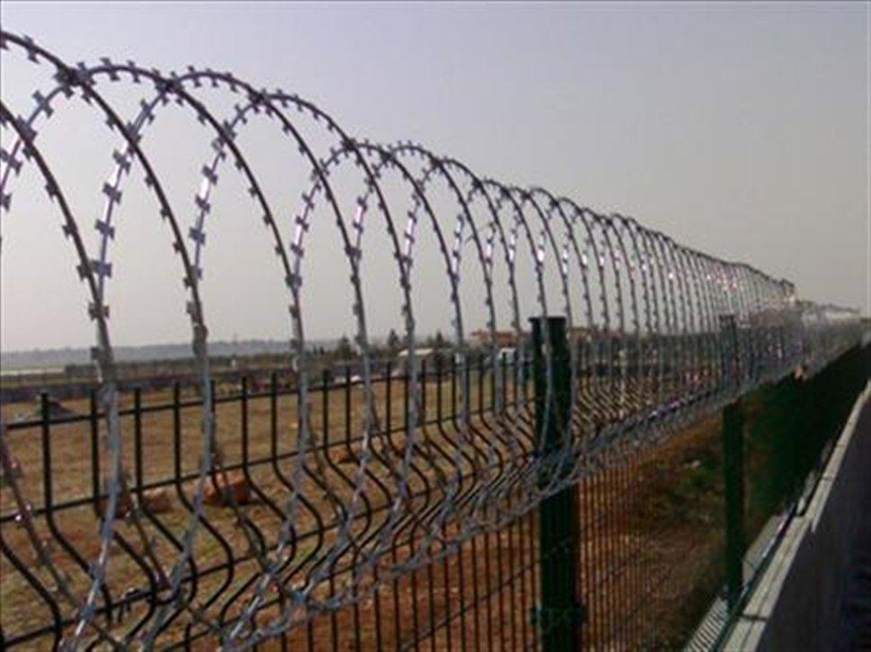 Λαρισαίοι στη συγκέντρωση κατά του φράχτη στον Έβρο