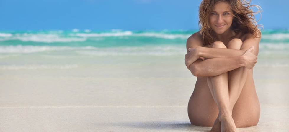 Ελληνική παραλία στις καλύτερες παραλίες γυμνιστών στον κόσμο