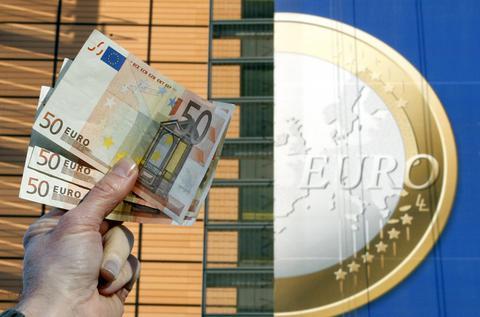 Σχέδιο – σοκ: Εκτακτη εισφορά σε χιλιάδες επιχειρήσεις για έσοδα άνω των 500 εκατ. ευρώ