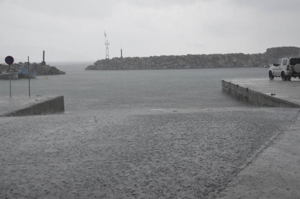 Βροχή Αγιόκαμπος 3