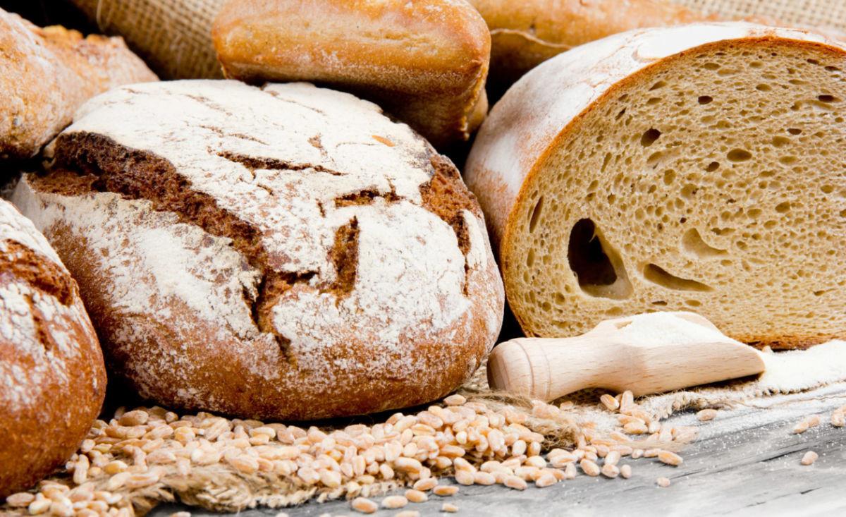Tip για την κουζίνα: Δώστε ζωή στο μπαγιάτικο ψωμί!