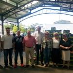 Διανομή ροδάκινων στη Λάρισα