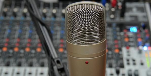 Τι προβλέπει το σχέδιο για την αδειοδότηση των ιδιωτικών ραδιοφωνικών σταθμών