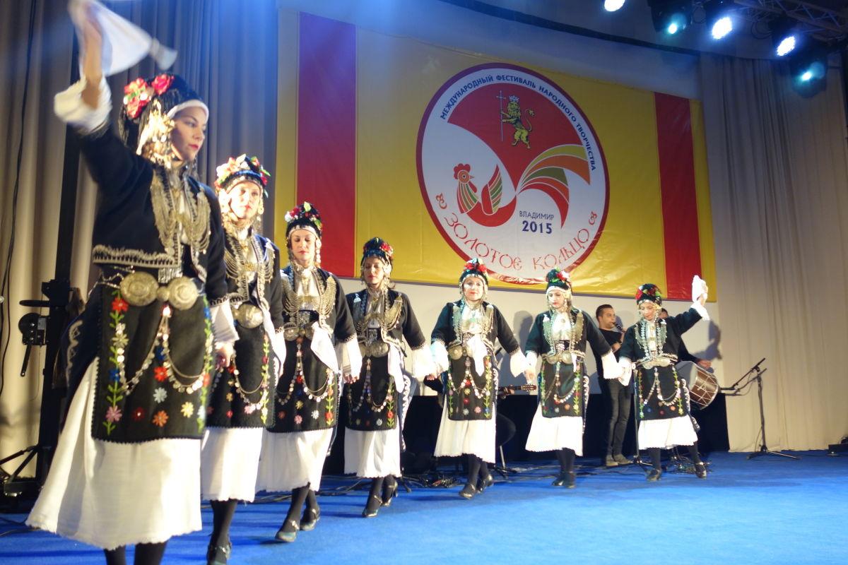 Λύκειο Ελληνίδων Μόσχα (2)