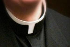 Ιερείς βίαζαν επί δεκαετίες εκατοντάδες παιδιά και η Εκκλησία σιωπούσε
