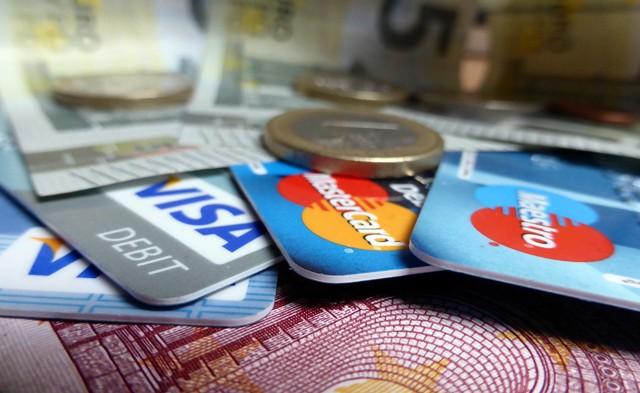 Προβλήματα στις συναλλαγές με κάρτες Visa