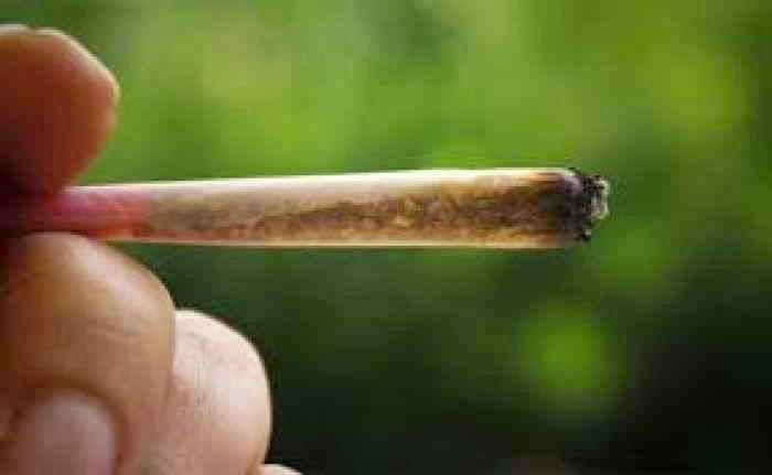 Επτά συλλήψεις για… ένα τσιγαριλίκι και χασίς