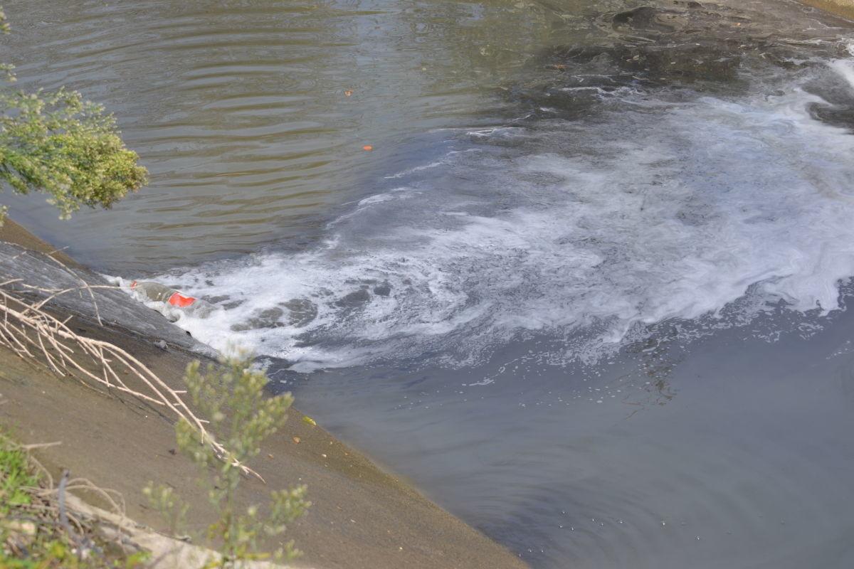 Πρόστιμο σε τυροκομική εταιρεία για ρύπανση στην Ελασσόνα