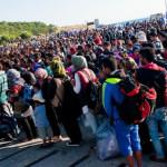 Έκθεση-σοκ Στουρνάρα για τις επιπτώσεις από το προσφυγικό