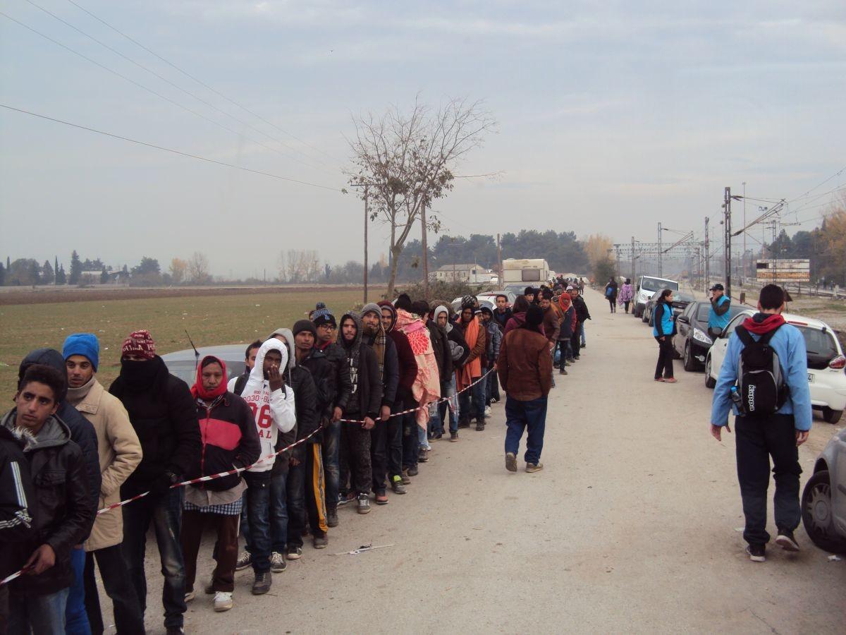 Χωρίς τέλος το δράμα των προσφύγων – Πάνω από 13.000 εγκλωβισμένοι στην Ειδομένη