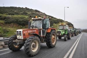 Οι αγρότες, οι δρόμοι και τ' άλλα συναφή… Του Άγγελου Πετρουλάκη