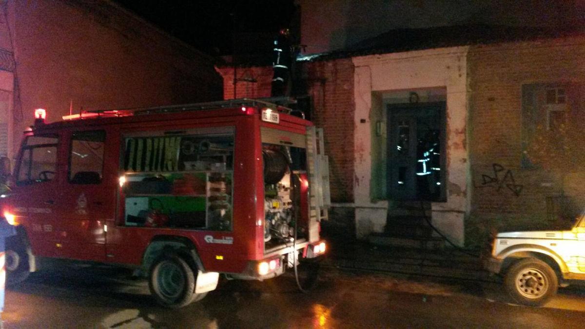 Φωτιά σε σπίτι στον Σταθμό Ραψάνης