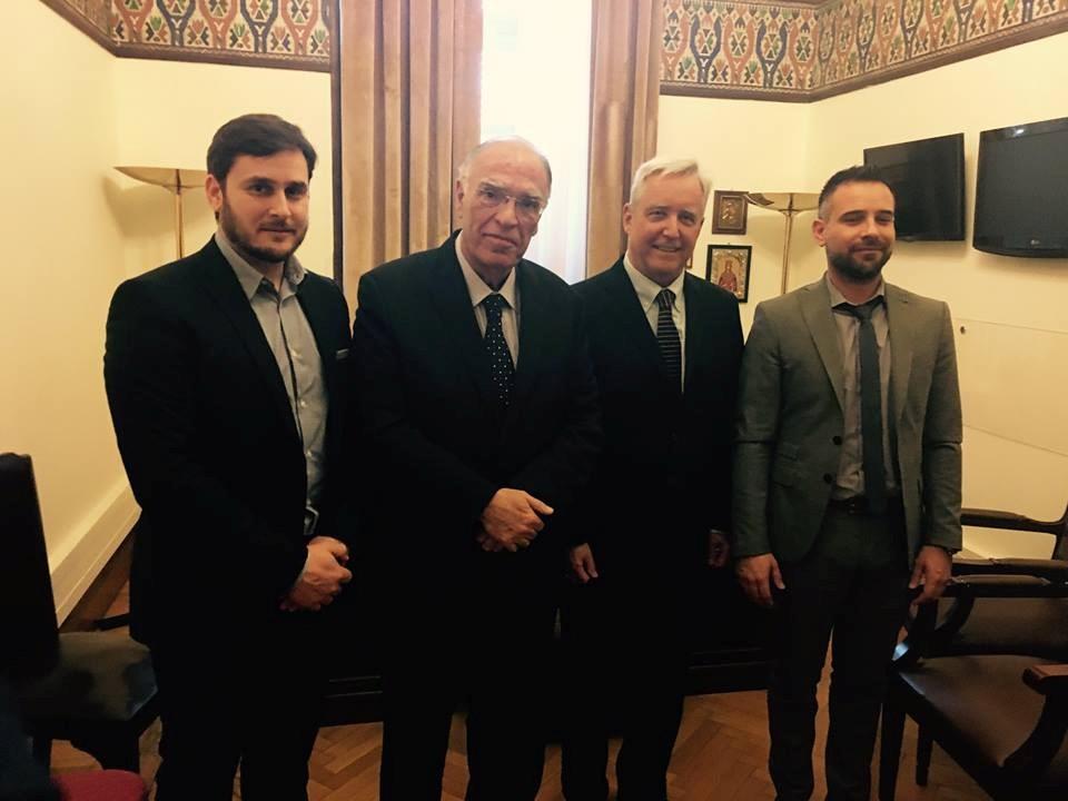 Με τον πρέσβη τον ΗΠΑ συναντήθηκε ο Γ. Κατσιαντώνης