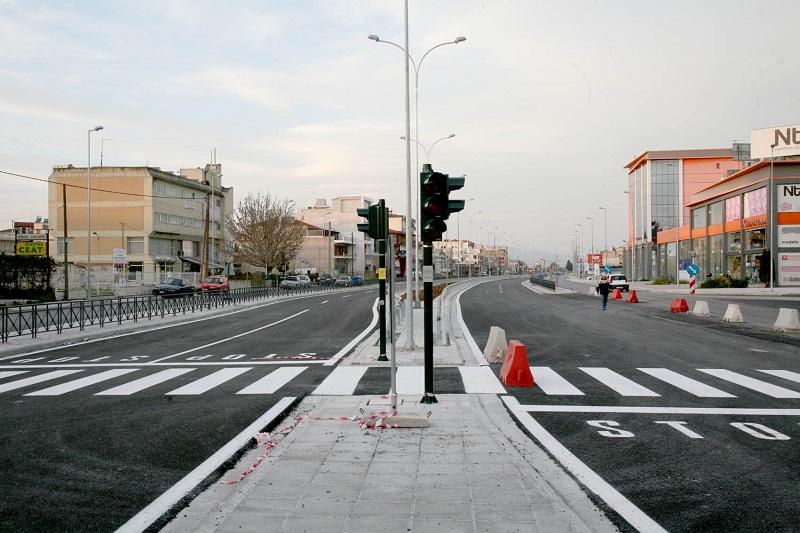 Δημοπρατείται το νέο τμήμα της λεωφόρου Καραμανλή στη Λάρισα