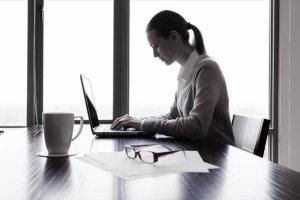 Αύξηση της μισθωτής απασχόλησης στον ιδιωτικό τομέα