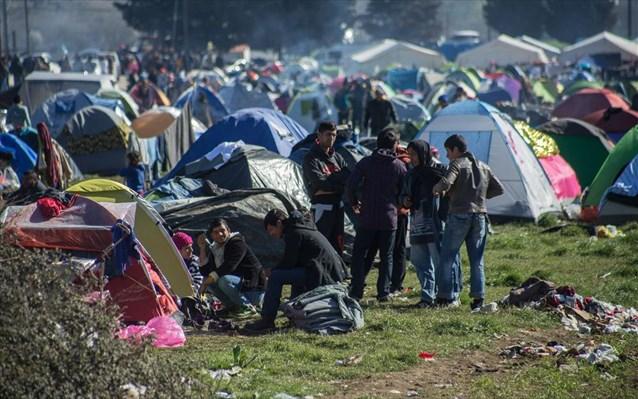 Πάνω από 42.000 οι πρόσφυγες
