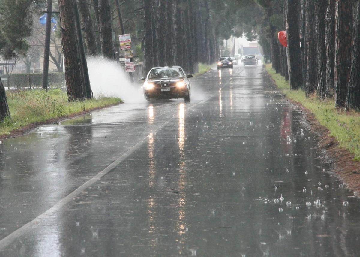 βροχή Λάρισα 1