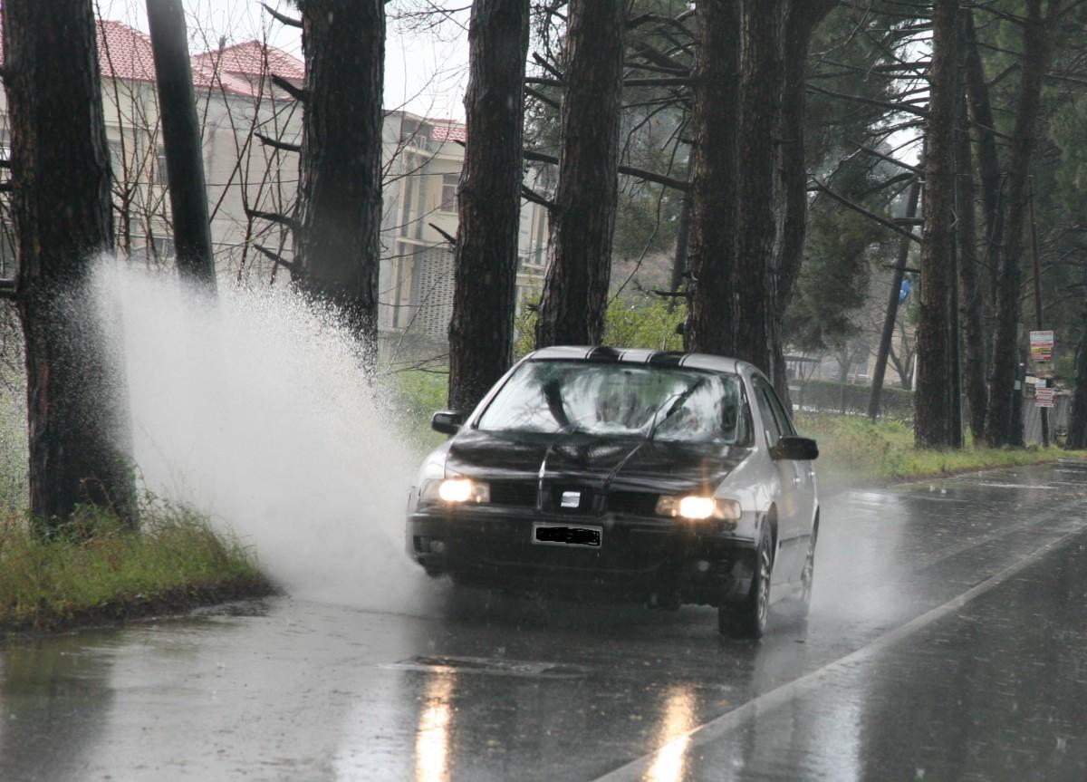 βροχή Λάρισα 2