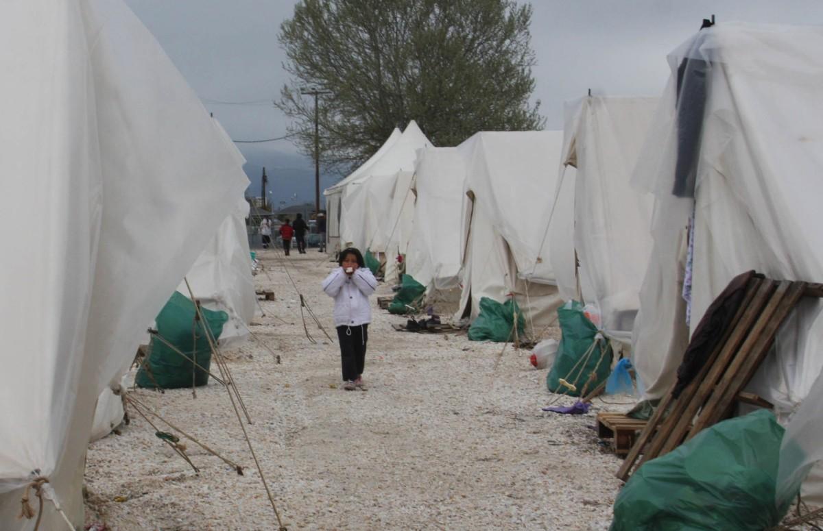 Πρόσφυγες2