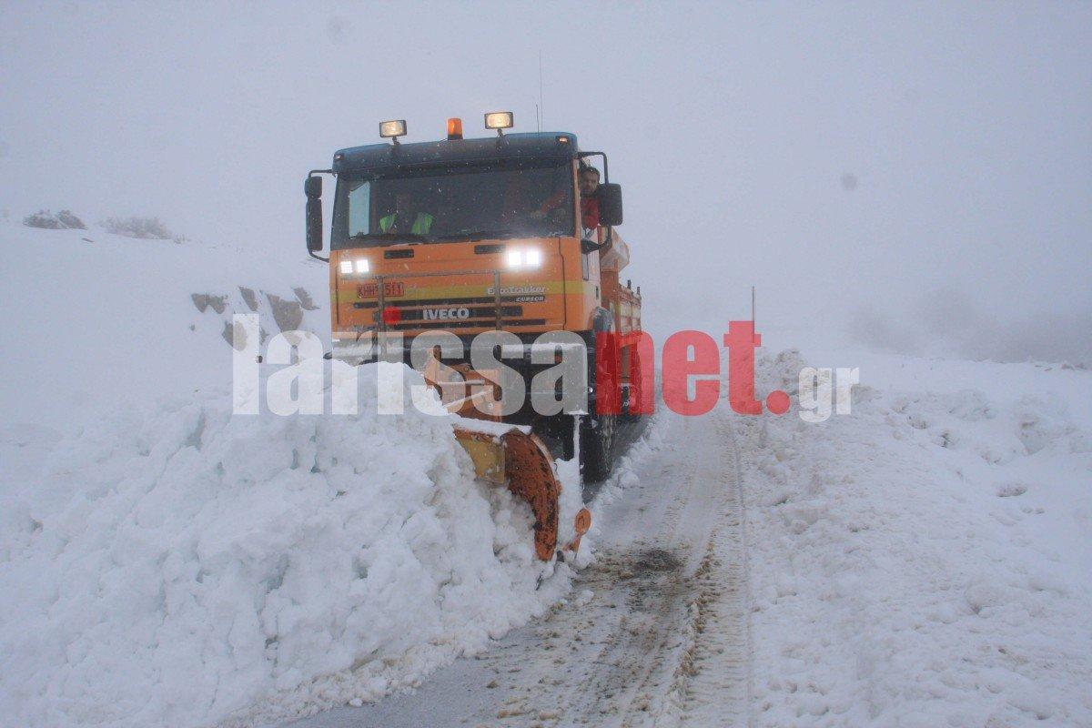 «Μάχη» με τα χιόνια στον Κίσσαβο