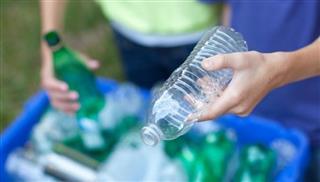 Μετατρέποντας τα πλαστικά απόβλητα σε καύσιμα