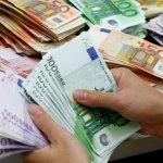 Σε εφορία και εισφορές το 55% του εισοδήματος