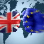 Η Μέι απορρίπτει τις απαιτήσεις των Βρυξελλών