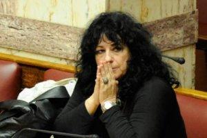 Επεισόδιο σε βάρος της Άννας Βαγενά στο εντευκτήριο της Βουλής