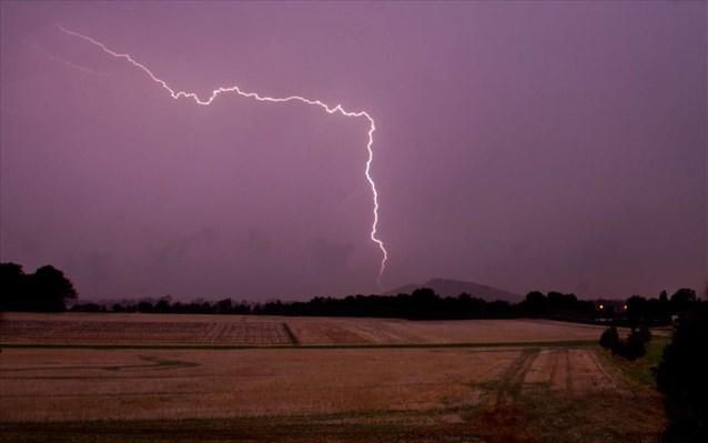 Καιρός: Βροχές και καταιγίδες σήμερα