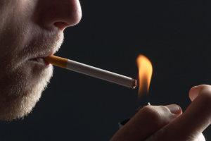 Ακόμη και το περιστασιακό κάπνισμα μπορεί να χτυπήσει την καρδιά