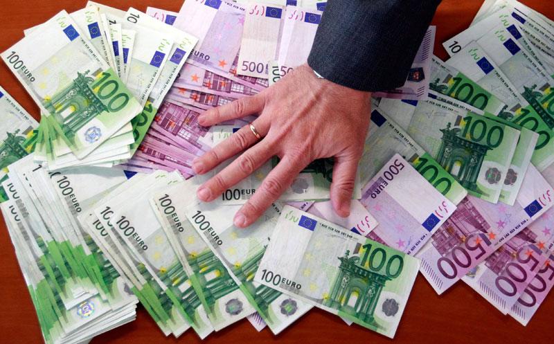 Διογκώνεται η φοροδιαφυγή στην Ελλάδα