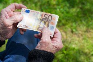 Τύρναβος: Έκλεψε χρήματα από το σπίτι ηλικιωμένης