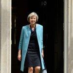 Βρετανία: Μειώνεται το προβάδισμα των Συντηρητικών
