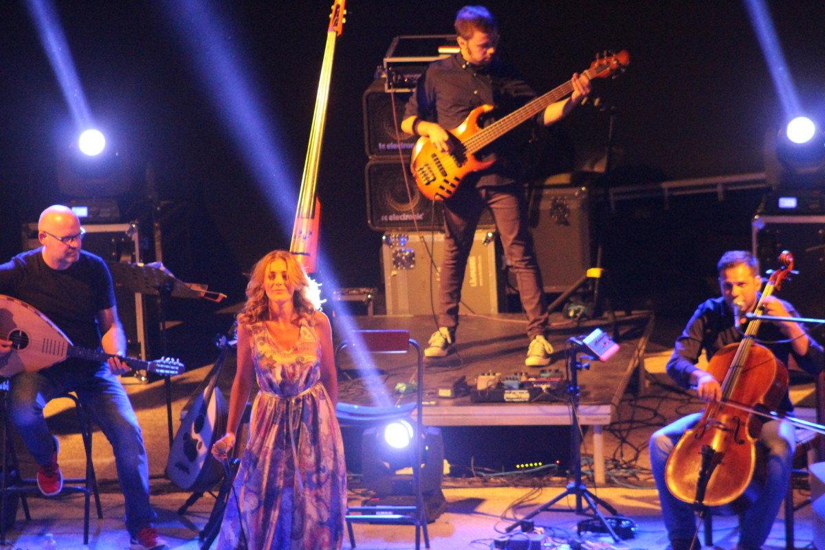 Στο Θέατρο Δίου η συναυλία της Νατάσσας Μποφίλιου