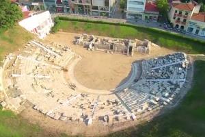Από το Αρχαίο Θέατρο Λάρισας ξεκινάει σήμερα το «ταξίδι» της Κλασικής Μουσικής