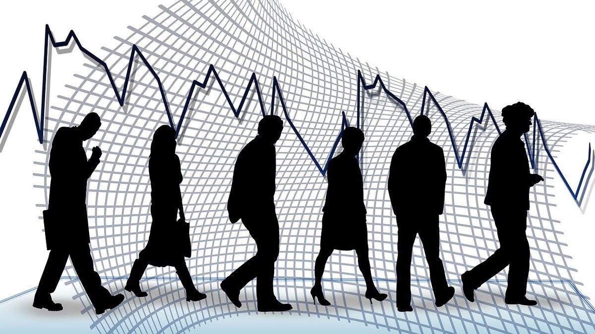 ΙΟΒΕ: Με μισθό κάτω από 800 ευρώ οι επτά στους 10 πτυχιούχους