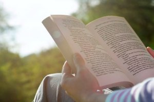 Παρουσίαση του βιβλίου του Π. Πασπαλιάρη, «Περί λύχνων αφάς»