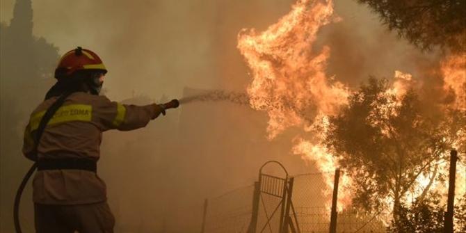 Το ΚΚΕ για τον θάνατο του πυροσβέστη