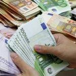 «Βέτο» τρόικας στα 1000 ευρώ