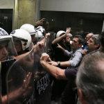 Ένταση σε συγκέντρωση διαμαρτυρίας ξενοδοχοϋπαλλήλων