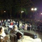 Όμορφη βραδιά στην πλατεία της συνοικίας Αλκαζάρ (ΦΩΤΟ)