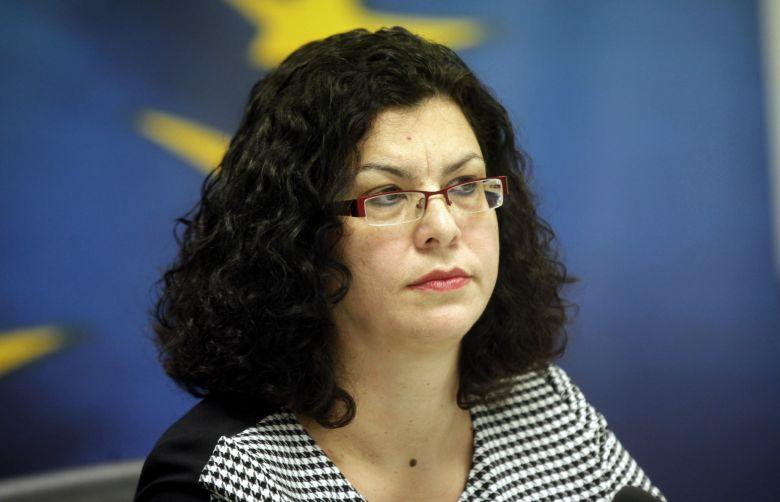 Στη Λάρισα σήμερα η διοικήτρια του ΟΑΕΔ Μαρία Καραμεσίνη