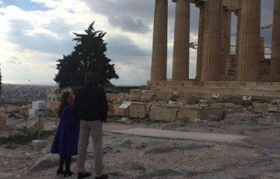 Η ξενάγηση του Ομπάμα στην Ακρόπολη (ΒΙΝΤΕΟ)