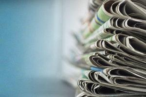 Αυτά είναι τα πρωτοσέλιδα των κυριακάτικων εφημερίδων