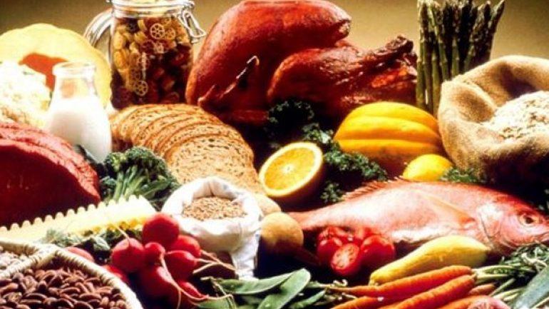 Οι επτά τροφές που σας βοηθούν να αναπνεύσετε καλύτερα