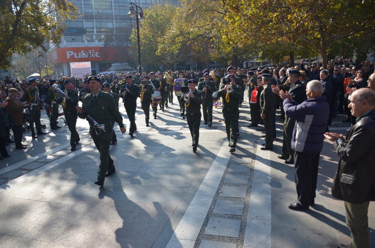 Εντυπωσίασε η Στρατιωτική Μπάντα στην Κεντρική (ΦΩΤΟ/VIDEO)