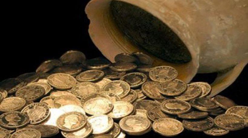 Επίδοξοι χρυσοθήρες ψάχνουν για θησαυρό με λίρες