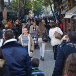 Λάρισα: Σε εορταστικούς ρυθμούς η Αγορά – Ανοιχτά αύριο Κυριακή
